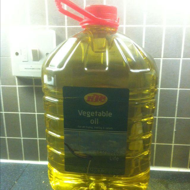 5 litres vegetable oil BBE December 2015