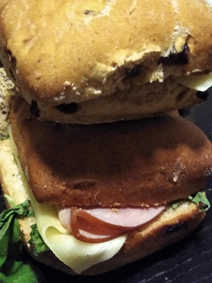 4 x ham raisins bread sandwich