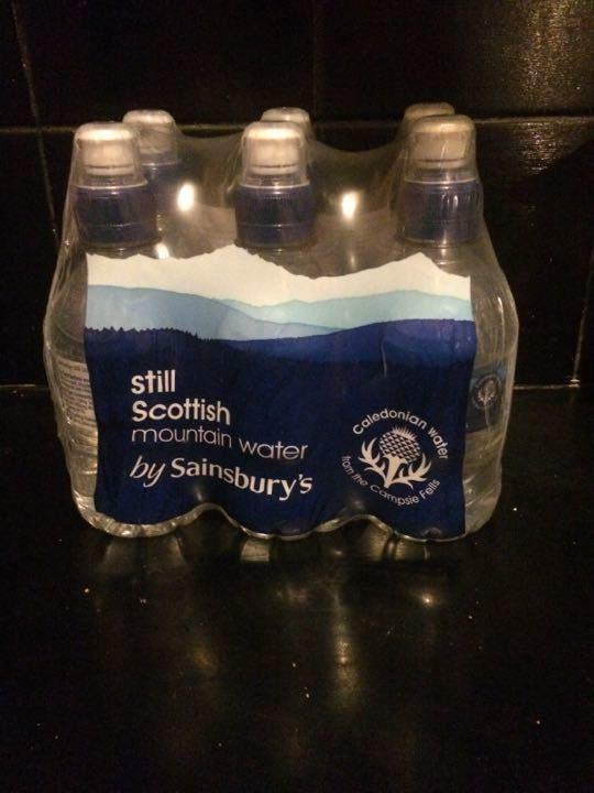 Pack of 6 x 300ml bottles Scottish mountain water