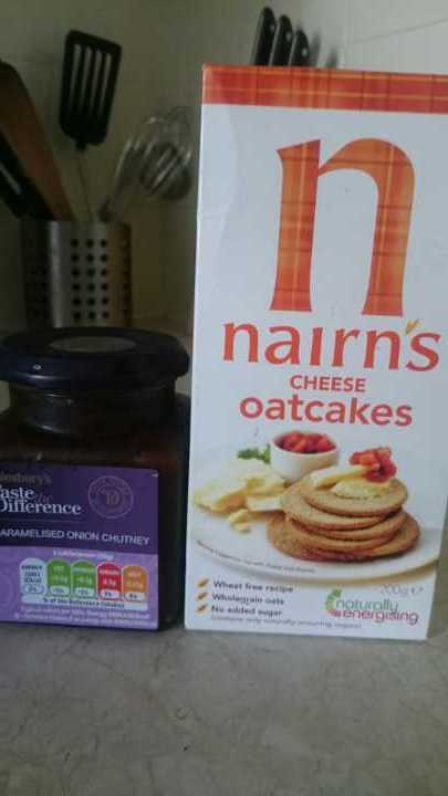 Cheese oatcakes and onion chutney, unopened
