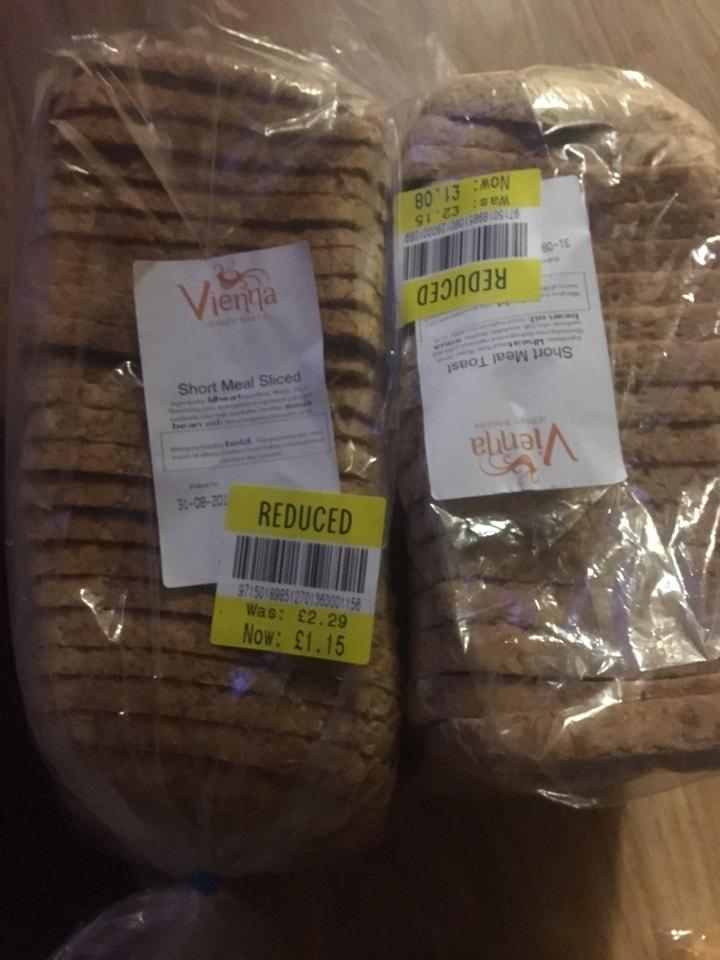 Vienna slices short meal