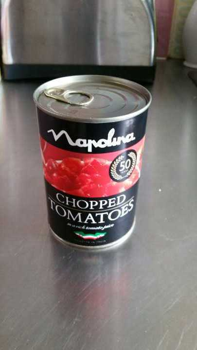 Tin of chopped tomatoes