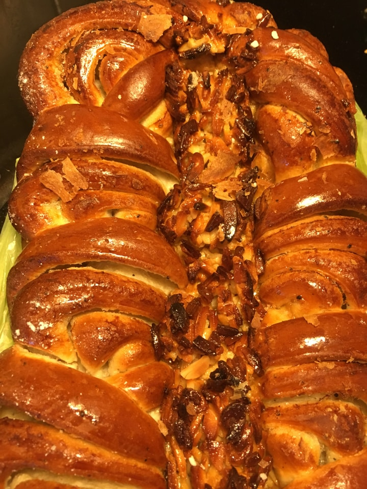 Pastry with almonds
