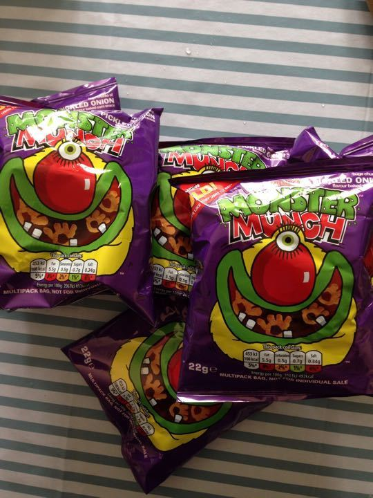 Monster Munch pickled onion flavpur