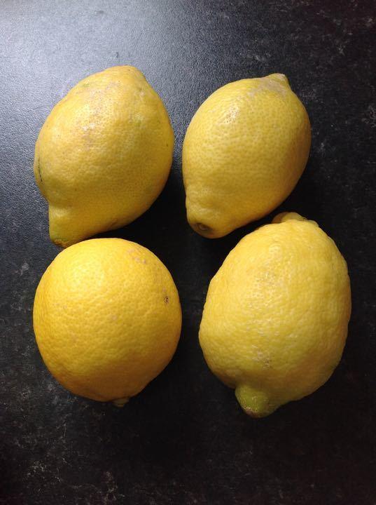 X2 bags of 4 lemons