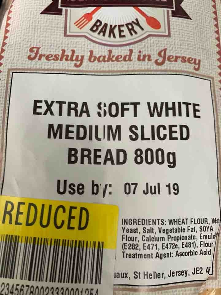 Extra soft white bread sliced