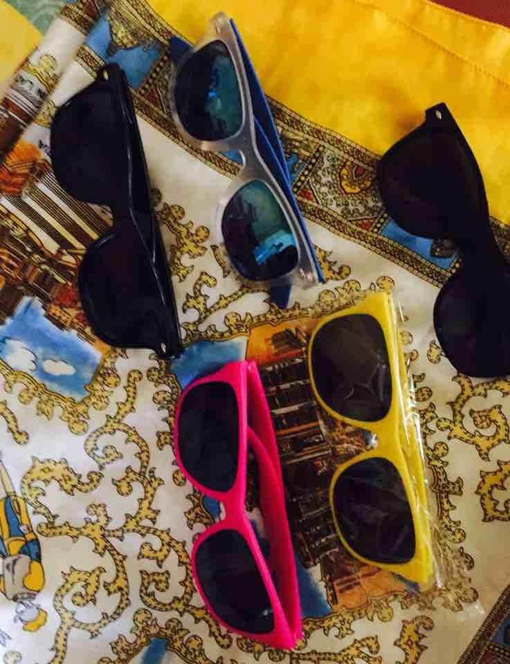5 pares de lentes para sol nuevos