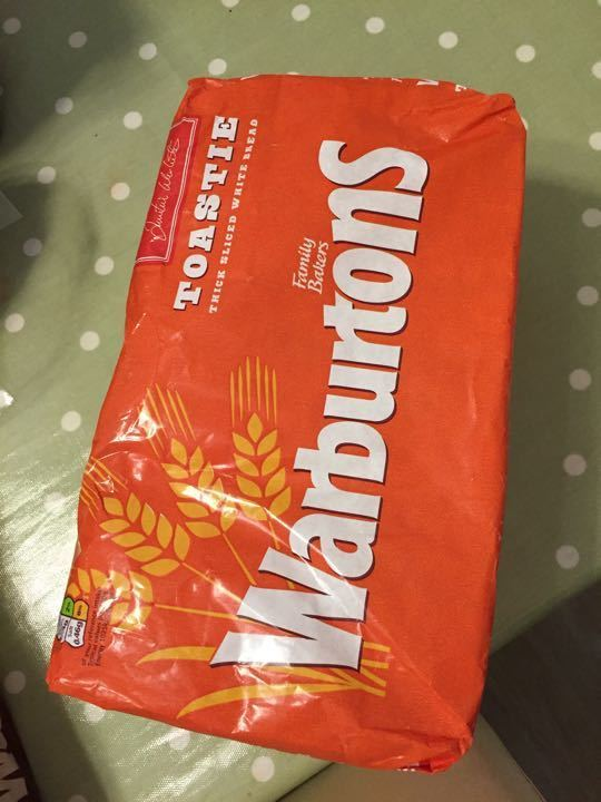 Warburtons thick sliced white