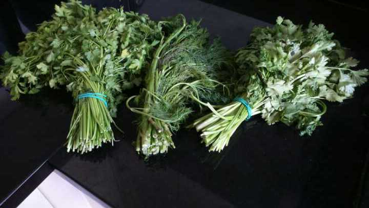 Bunch each of dill, coriander and parsley