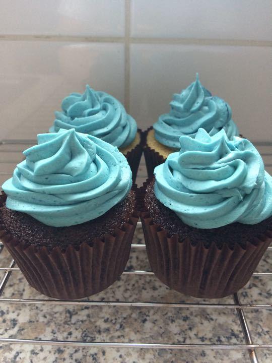 4 cupcakes !