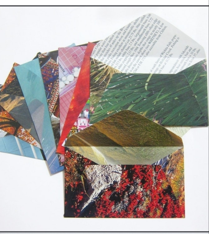 Small envelopes upcycled from magazines